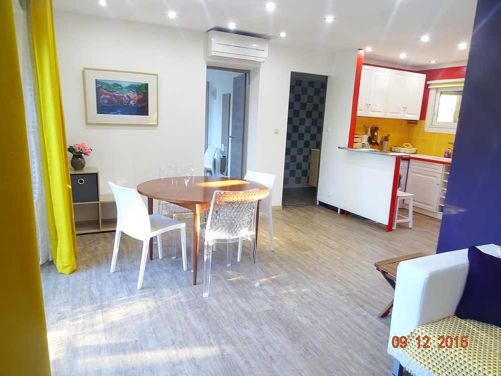 appartement de vacances louer boulouris sur mer. Black Bedroom Furniture Sets. Home Design Ideas